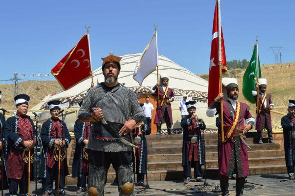 Ahlat Avrasya Kültür ve Sanat Festivali başladı