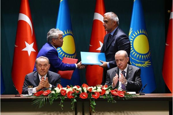 Erdoğan ve Nazarbayev ortak imza töreninde konuştu