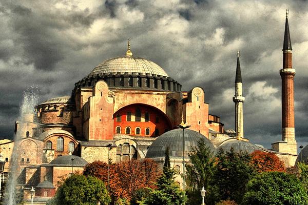 Ayasofya'nın ibadete açılması talebine  'yetkisizlikten' ret