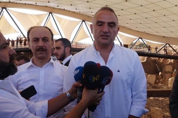 Bakan Ersoy: Dörtlü sinerjiyle turizm hareketliliği başlayacak