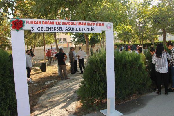 Kızıltepe`de geleneksel aşure programı düzenlendi
