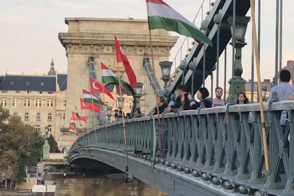 Macaristan Erdoğan`ı karşılamaya hazırlanıyor