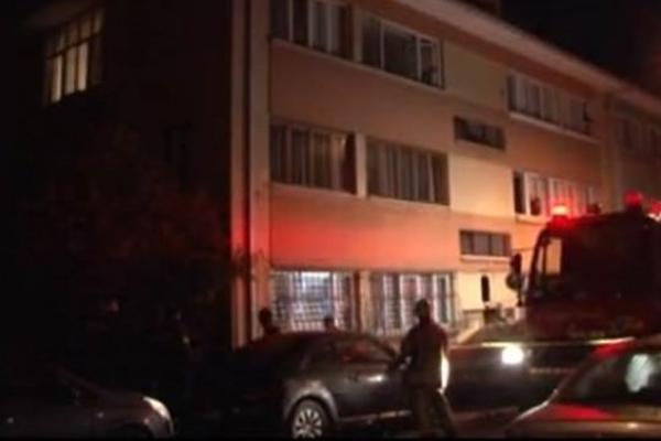 Üsküdar`da yangın: 1 ölü, 2 yaralı