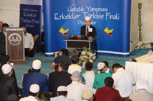 'Hafızlık Yarışması Erkekler Türkiye Finali' Diyarbakır'da yapıldı