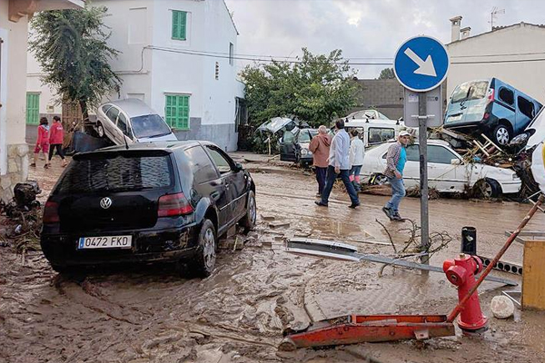 İspanya'da sel: 8 ölü