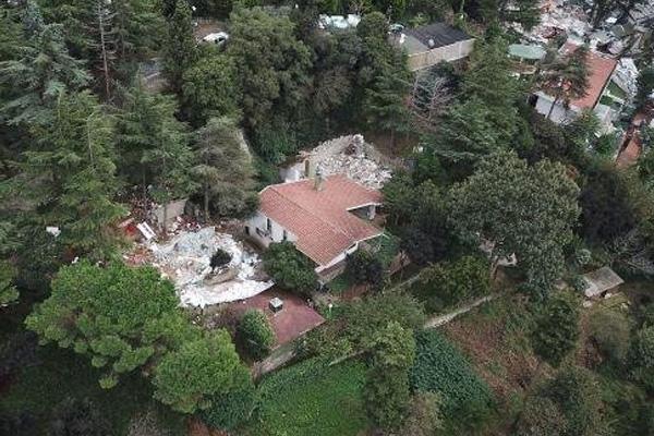 Oktar'ın villası yıkıldı
