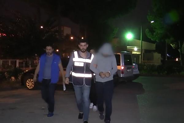 Adana`da FETÖ/PDY operasyonu: 4 gözaltı