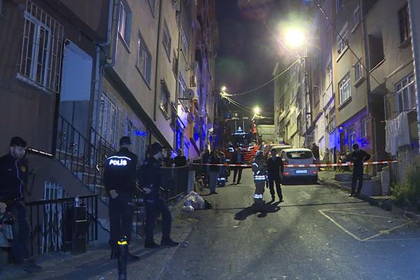 Çökme tehlikesi bulunan bina tahliye edildi