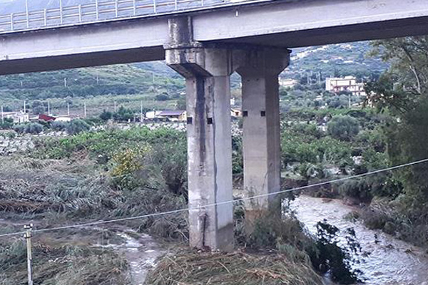 İtalya`da Fırtına: 10 Ölü