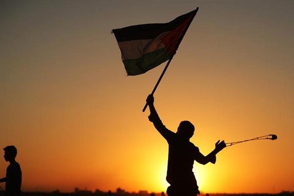 İşgal güçleri 8 yaşındaki Filistinli çocuğu esir aldı
