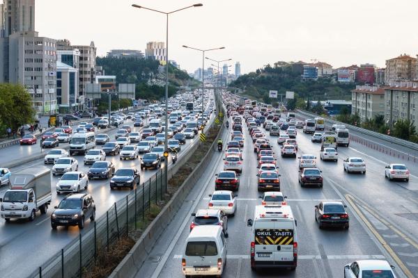 İstanbul'da pazar günü bazı yollar araç trafiğine kapatılacak