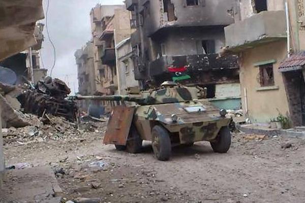 Libya'da büyük güçler çözüm değil çözümsüzlük üretiyor