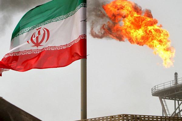 İran'dan petrol resti