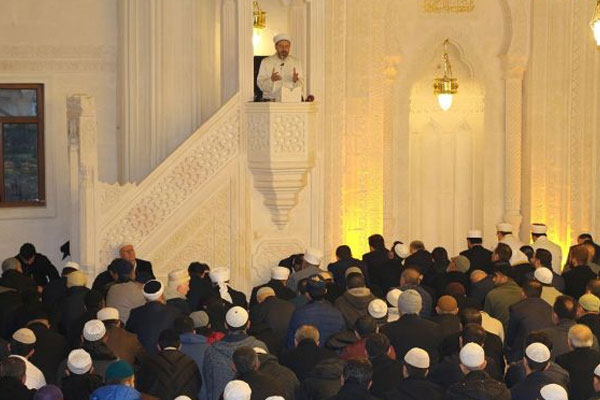 'Kur'an'ın girmediği ev harabe bir evdir'