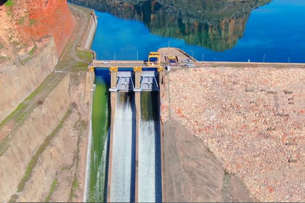 Kapağı kopan Dicle barajı`nın son hali havadan görüntülendi