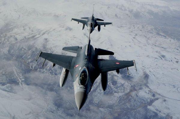 Hakurk'a hava harekatı: 5 PKK'li öldürüldü