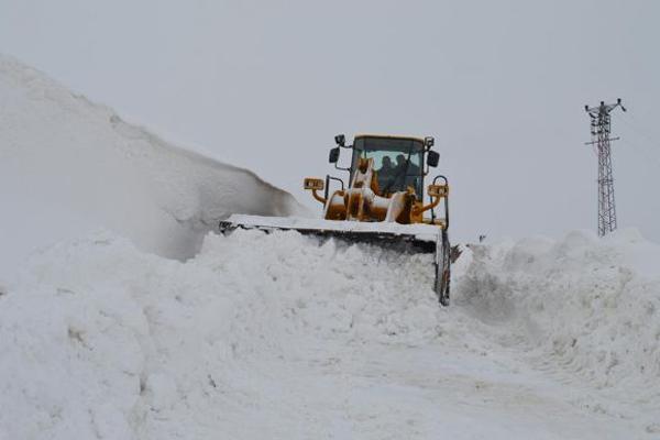 Bitlis`te 188 köy yolu ulaşıma kapandı