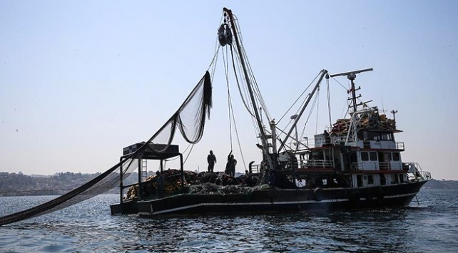 Denizlerde av yasağı yarın başlayacak
