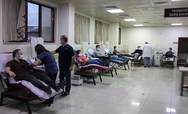 Gaziantep'te doktorlar immün plazma bağışında bulundu
