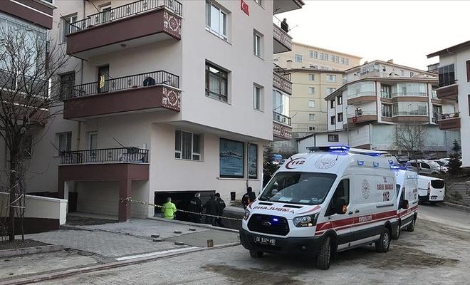 Bir binanın garajında 3 gencin cesedi bulundu