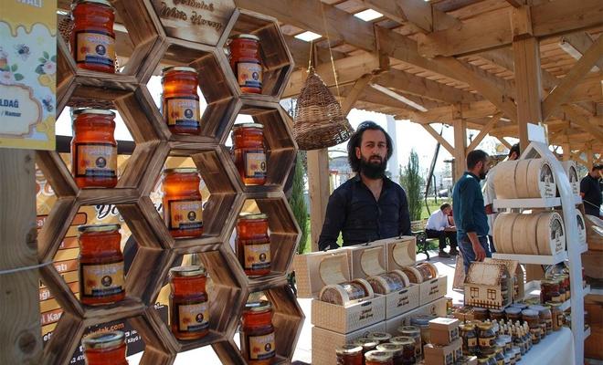 Ağrı'da Bal Festivali düzenlendi