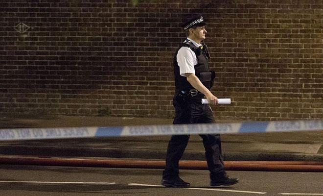 'İngiltere'deki saldırgan 'Tüm Müslümanlar ölmeli' diye bağırdı'