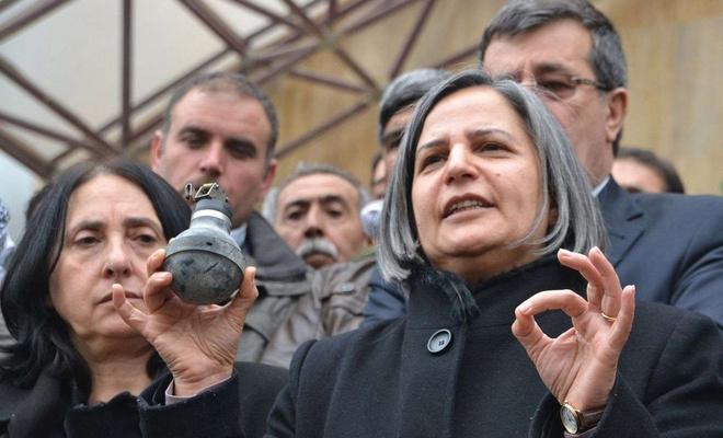 HDP'li Gülten Kışanak, Kobani soruşturması kapsamında tutuklandı