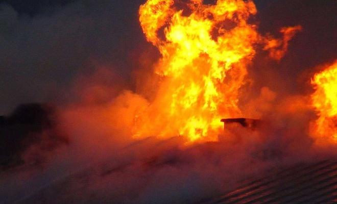 Kastamonu'da 10 ev ve bir cami yandı
