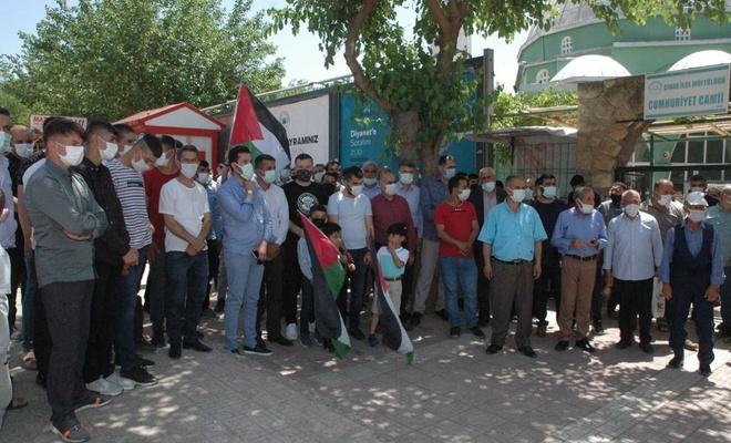Diyarbakır halkı Kudüs için meydanlara indi