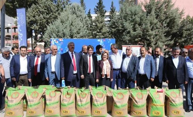 Çiftçilere tohum desteği devam ediyor