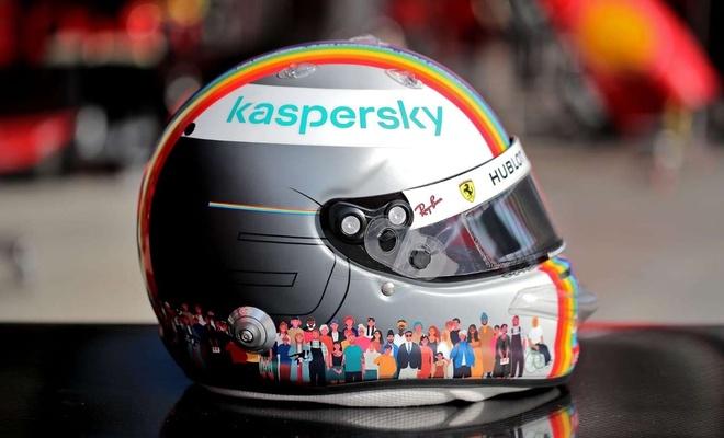 Formula 1'in cinsi sapkınlık temalı kaskı sosyal medyada tepkilere neden oldu