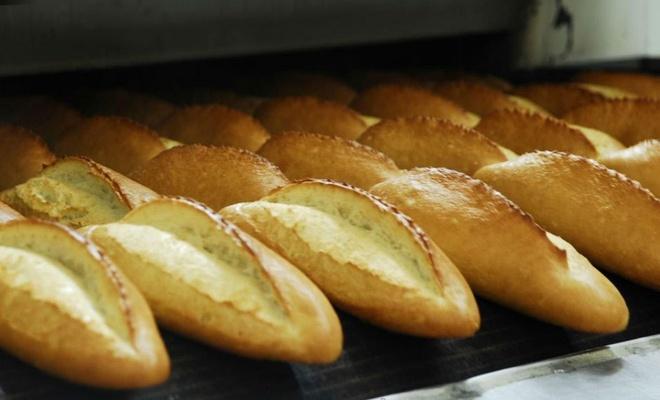 Ekmeği 5 liraya satan fırsatçı fırıncıya ceza kesildi
