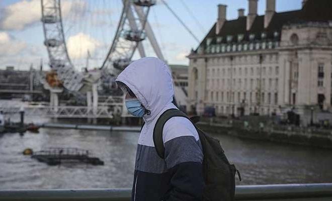İngiltere'de son 24 saatte 290 can kaybı