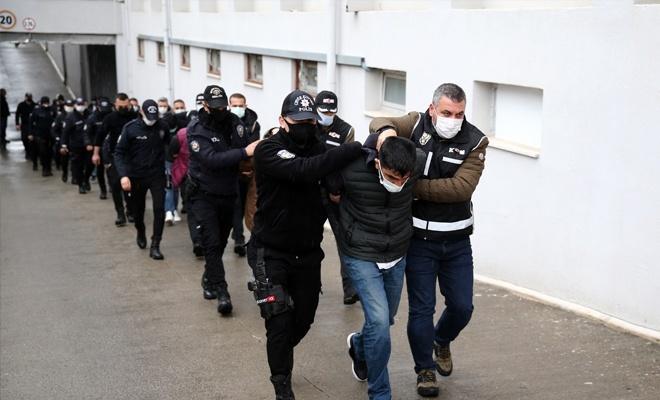 Suç örgütü operasyonunda 9'u polis 41 tutuklama