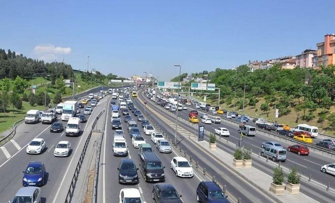 İstanbul'da mart ayında 45 bin araç daha trafiğe katıldı