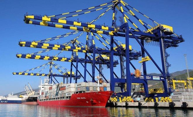 Şubat ayında ihracat yüzde 9,6, ithalat yüzde 9,4 arttı