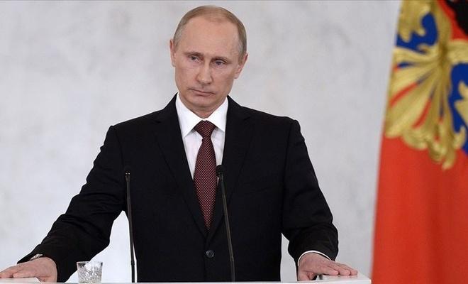 Putin'den 'küresel petrol talebi 5 yıl içerisinde düşüşe geçecek' tahmini