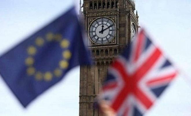 Anlaşmasız Brexit'i önleyecek tasarıya Kraliçe'den onay