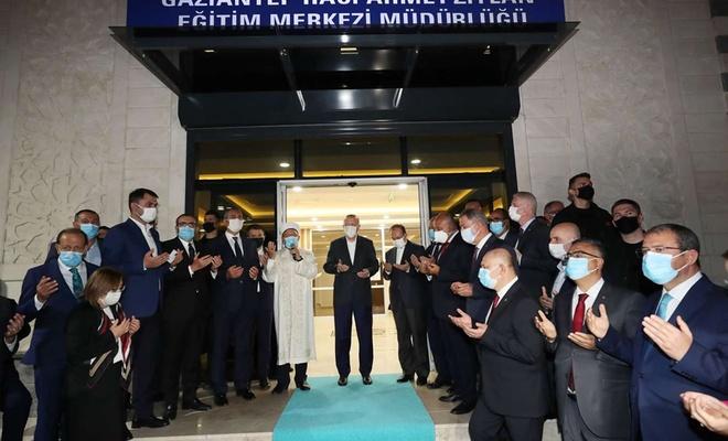 Cumhurbaşkanı Erdoğan, bölgenin en büyük eğitim merkezini açtı