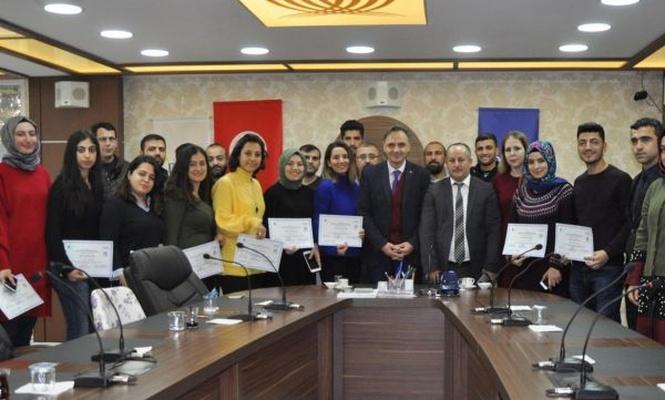 Girişimcilik eğitimi alanlara sertifika verildi