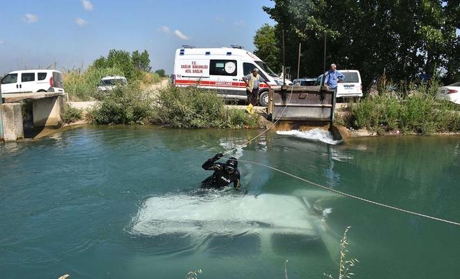 Sulama kanalına düşen aracın sürücüsü kayıp