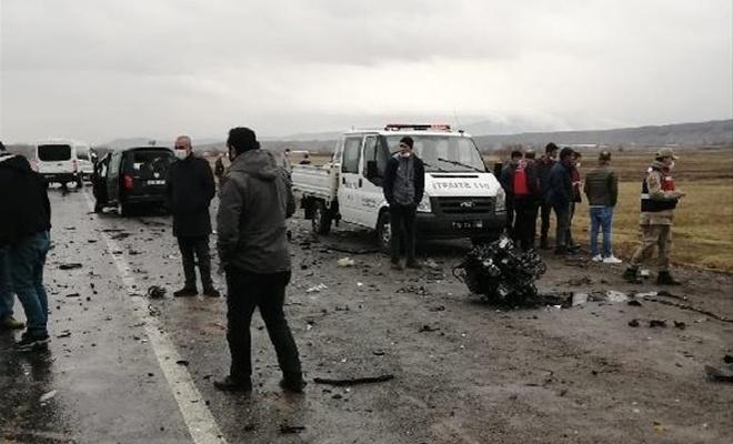 Feci trafik kazası! Ölü ve yaralılar var...