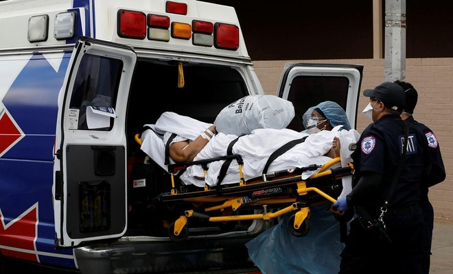 ABD'de Covid-19'dan son 24 saatte 1072 kişi öldü
