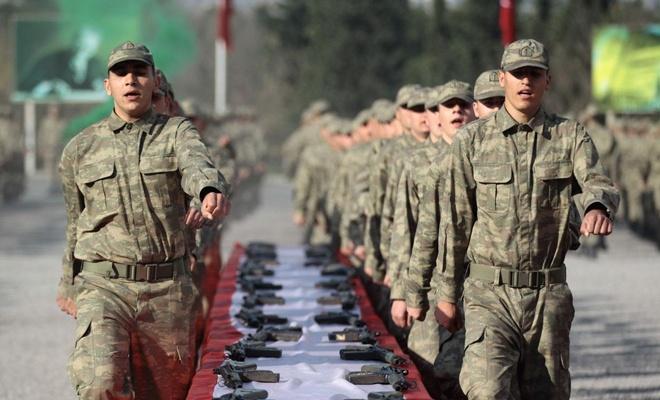 Askerler terhis için saat sayıyor
