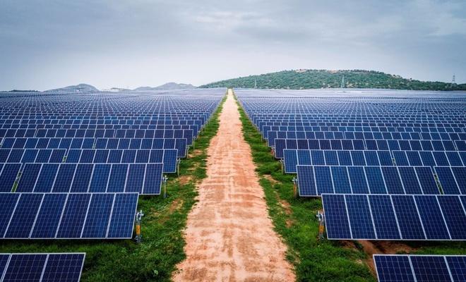Güneş enerjisinin 2 katına çıkması bekleniyor