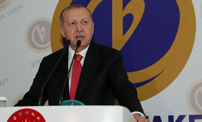 Erdoğan: Topraklarında darbecileri barındıranlar bize ders veremez