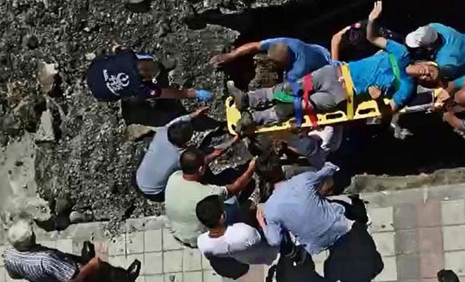İstanbul'da bir işçi göçük altında kaldı