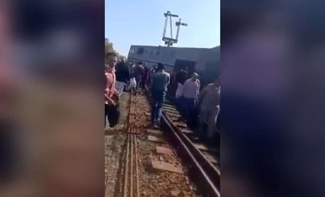 Mısır'da yine bir yolcu treni kazası