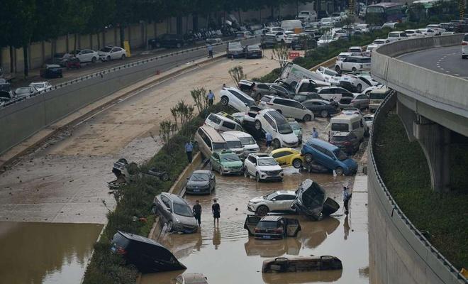 Çin'deki selde ölenlerin sayısı 302'ye yükseldi