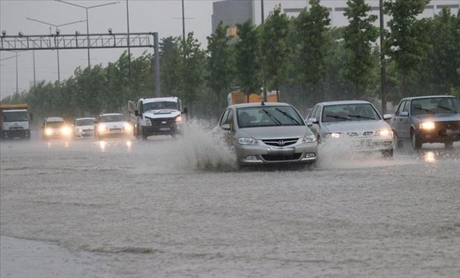 Bu 3 ilimiz için çok kuvvetli yağış uyarısı!